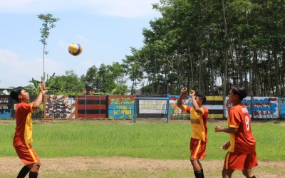 Latihan Bola Voli